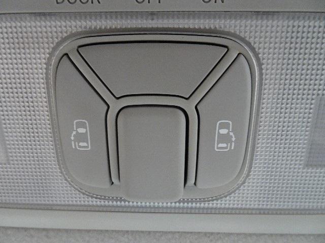 「トヨタ」「エスティマ」「ミニバン・ワンボックス」「神奈川県」の中古車12