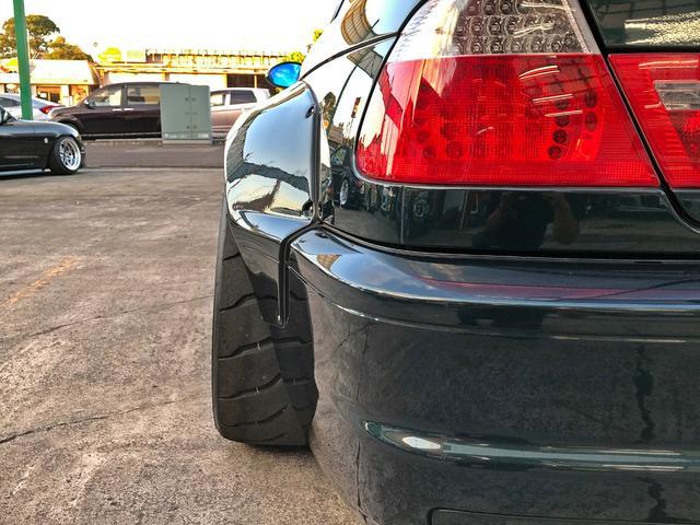 M3 SMGII PANDEM ワイドボディーキット ブレンボキャリパー SACLAMマフラー ARQRAY中間マフラー KITANOフロント・トランクスポイラー オーリンズ車高調 ワーク18インチアルミ HDDナビ(22枚目)