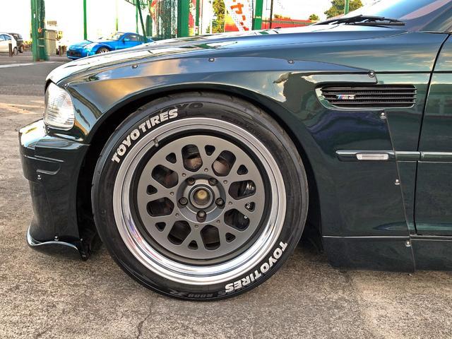 M3 SMGII PANDEM ワイドボディーキット ブレンボキャリパー SACLAMマフラー ARQRAY中間マフラー KITANOフロント・トランクスポイラー オーリンズ車高調 ワーク18インチアルミ HDDナビ(25枚目)