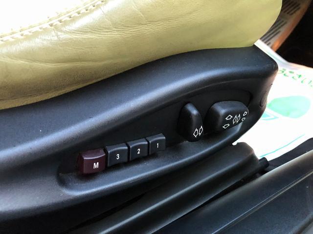 M3 SMGII PANDEM ワイドボディーキット ブレンボキャリパー SACLAMマフラー ARQRAY中間マフラー KITANOフロント・トランクスポイラー オーリンズ車高調 ワーク18インチアルミ HDDナビ(51枚目)