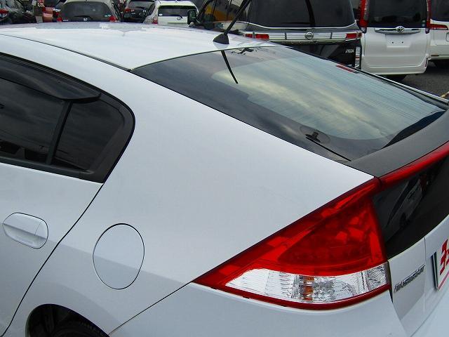 L ワンオーナー車 キーレスエントリー 純正15インチアルミホイール キセノンライト オートライト 電動格納ウィンカーミラー 純正2DINオーディオ AUX接続 フロアマット サイドバイザー(31枚目)