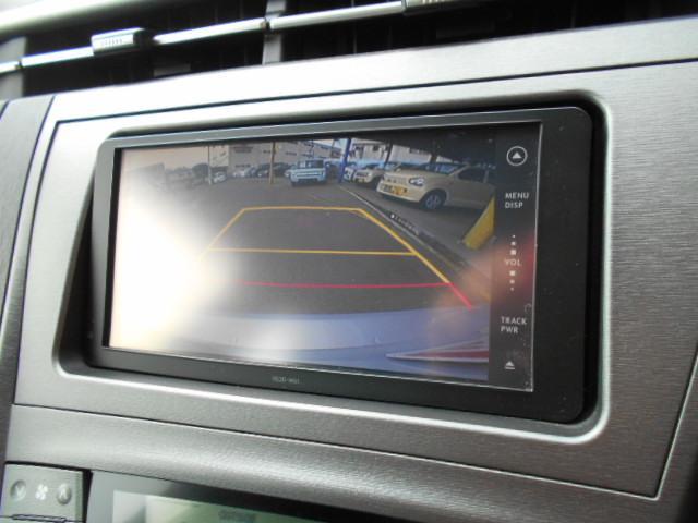 嬉しいナビ付です。知らない道でも安心ですね!更にバックカメラ付きで運転が苦手な方も車庫入れラクラクです!狭いところでの駐車場もお車を傷つけず安心ですね!ワンセグTV,DVDビデオも見れますよ!