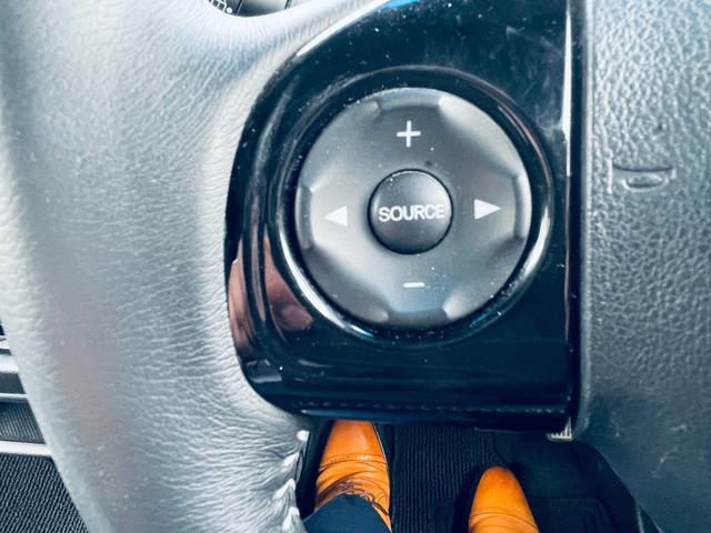 G・Lパッケージ Bカメ ブレーキサポート 衝突安全ボディ CD ベンチシート Bluetooth クルーズコントロール アイドリングストップ ETC オートライト キーレス 盗難防止システム DVD 横滑り防止(23枚目)