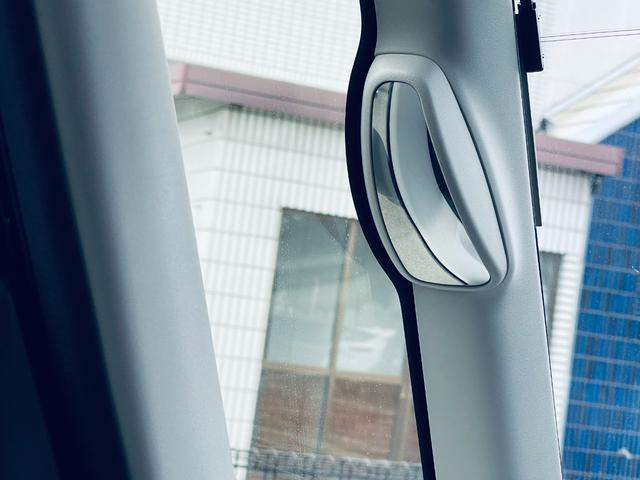 ハイブリッドXG ABS/WエアB/衝突軽減ブレーキ/アイドリングストップ/スマートキー/ナビTV/LED/ドラレコ/バックセンサー/フルセグ(20枚目)