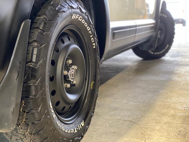 20X 4WD 7人乗り マットブラックスチールホイール BFグッドリッチオールテレンK02新品装着(3枚目)