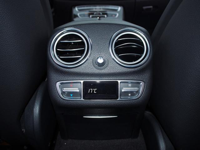 E63 S 4マチック+ AMGカーボンセラミックブレーキ AMGビッグキャリパー AMG専用鍛造20インチホイール フルオプションカーボンボディキット+カーボンインテリア セーフティドライブ オプションフル 保証書取説(40枚目)