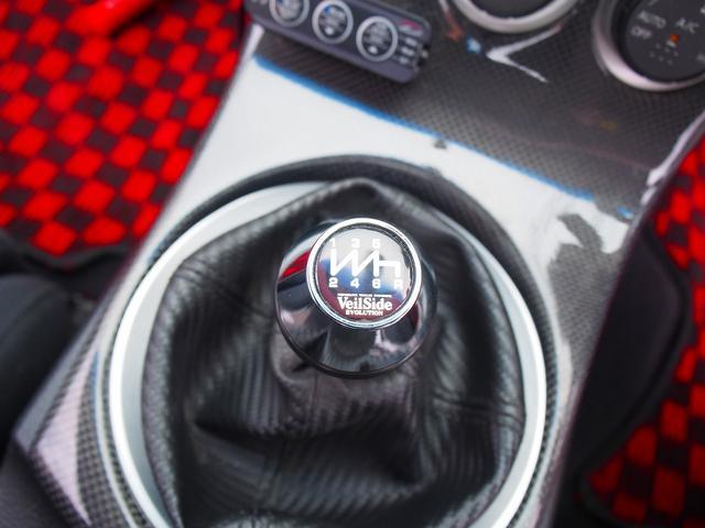 MT6速ミッション車