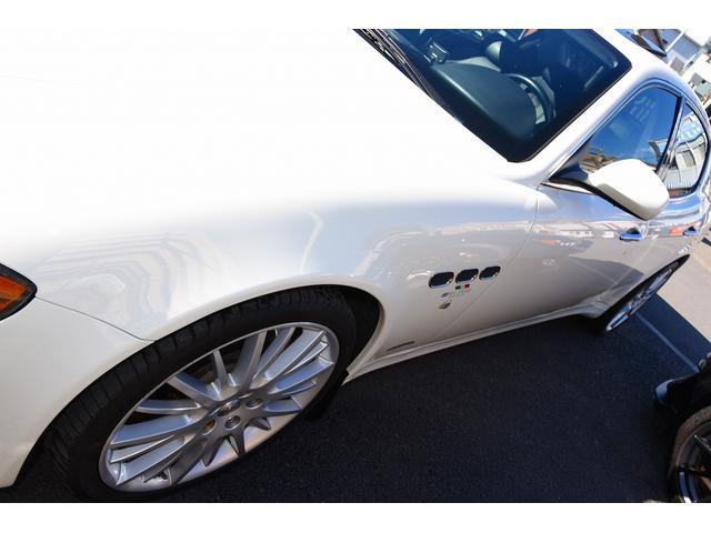 S 後期型モデルディーラー車 クライスジーク可変マフラー 20AW レッドキャリパー 左ハンドル サンルーフ レザーシート HDDナビ HIDライト LEDFテールレンズ 記録簿取説(8枚目)