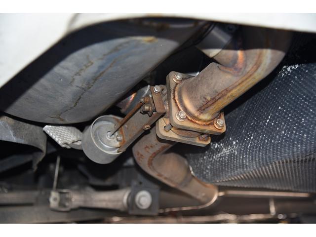 S 後期型モデルディーラー車 クライスジーク可変マフラー 20AW レッドキャリパー 左ハンドル サンルーフ レザーシート HDDナビ HIDライト LEDFテールレンズ 記録簿取説(18枚目)