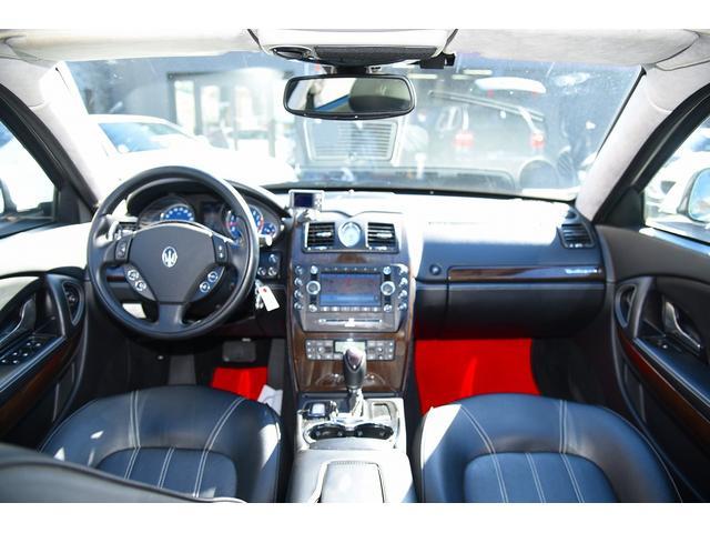 S 後期型モデルディーラー車 クライスジーク可変マフラー 20AW レッドキャリパー 左ハンドル サンルーフ レザーシート HDDナビ HIDライト LEDFテールレンズ 記録簿取説(19枚目)