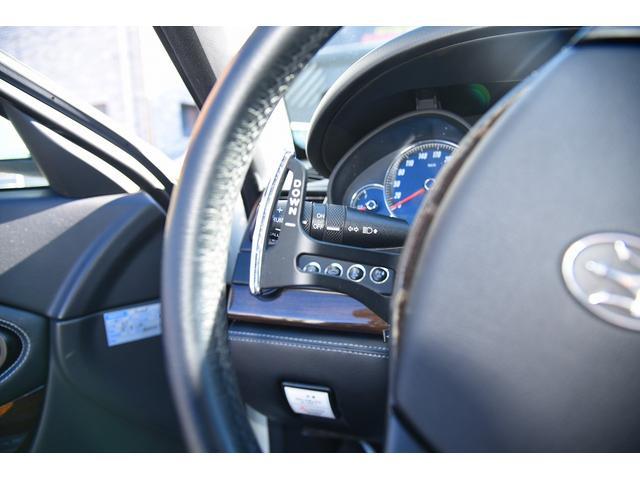S 後期型モデルディーラー車 クライスジーク可変マフラー 20AW レッドキャリパー 左ハンドル サンルーフ レザーシート HDDナビ HIDライト LEDFテールレンズ 記録簿取説(29枚目)
