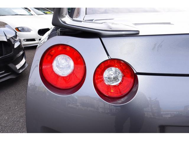 ブラックエディション中期型カーボンエアロ仕様車 鍛造ホイール(17枚目)