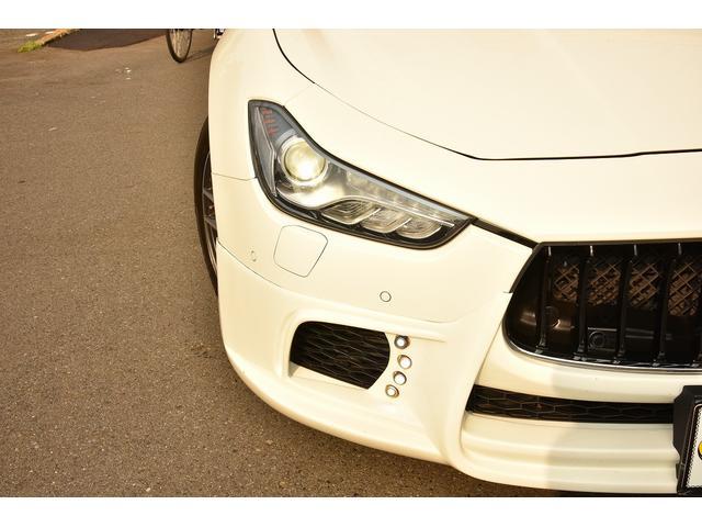 ベースグレード WALDブラックバイソンエアロパッケージ 社外ホイール ブラウンレザーシート 右ハンドル サンルーフ シートヒーター HDD地デジBカメラ ディーラー車(4枚目)