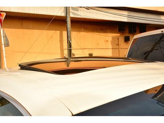 ベースグレード WALDブラックバイソンエアロパッケージ 社外ホイール ブラウンレザーシート 右ハンドル サンルーフ シートヒーター HDD地デジBカメラ ディーラー車(6枚目)