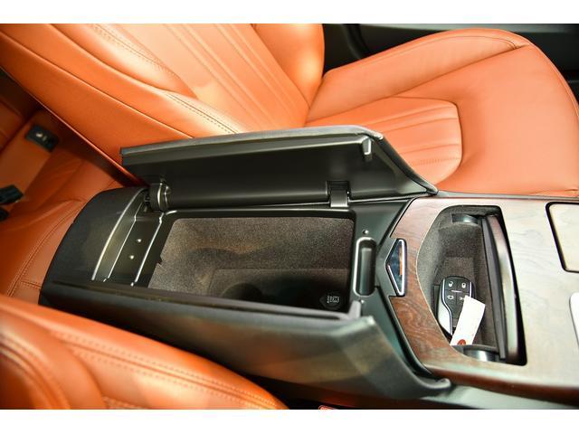 ベースグレード WALDブラックバイソンエアロパッケージ 社外ホイール ブラウンレザーシート 右ハンドル サンルーフ シートヒーター HDD地デジBカメラ ディーラー車(27枚目)