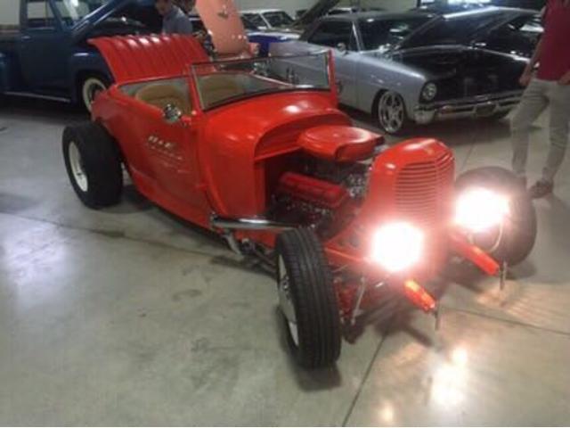 フォード フォード T型モデルA オリジナルモデル シボレー350エンジン換装