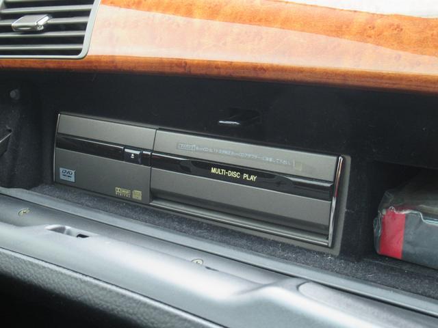 黒革シート サンルーフ ナビ ETC 19インチアルミ エアサスコントローラー エアシート DVDチェンジャー メモリー付パワーシート 後席ドアサンシェード アルカンターラルーフライナー