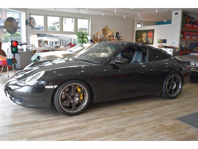 996型カレラ入庫です。スーパーチャージャー、エキマニ&マフラー、ブレーキなど全てにおいてチューニングされています。外装も年1回コーディングしてますのでコンディション良いです。是非現車をご覧ください。