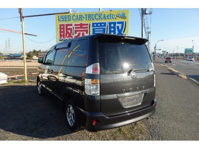 トヨタ ヴォクシー X4WD切り替え ナビ  ETC スマートキー DVD再生