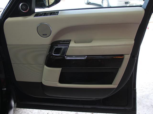 5.0 V8 スーパーチャージド ヴォーグ 4WD(14枚目)