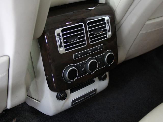 5.0 V8 スーパーチャージド ヴォーグ 4WD(17枚目)