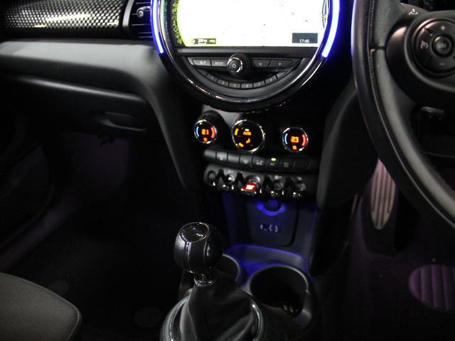 「MINI」「MINI」「コンパクトカー」「埼玉県」の中古車16