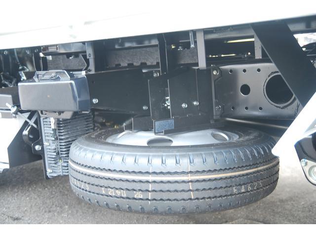 新型 3t強化ダンプ 全低床 5速MT アクティブサイドガードアシスト 衝突軽減ブレーキ 車線逸脱システム スマートキー LEDライト 記録簿(4枚目)