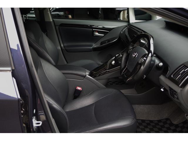 トヨタ プリウス S LEDエディション フルレザー サンルーフ