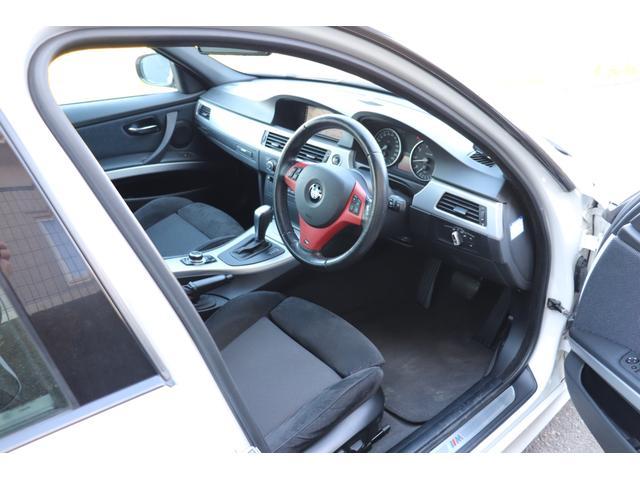 「BMW」「3シリーズ」「セダン」「埼玉県」の中古車12