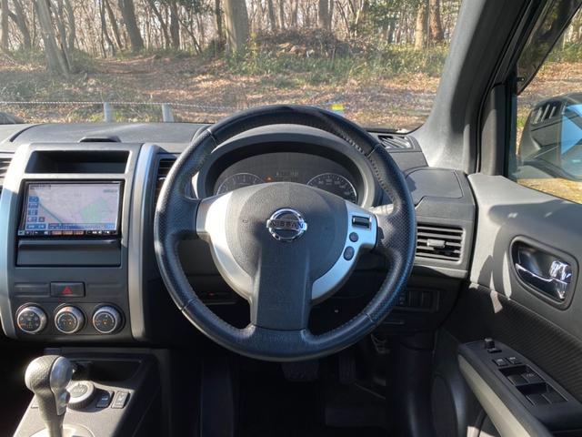 20Xtt ハイパールーフレール・ナビ・ETC・TV・4WD(4枚目)