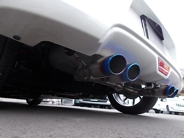 スズキ スイフト RSt 車高調 4本マフラー 17AW
