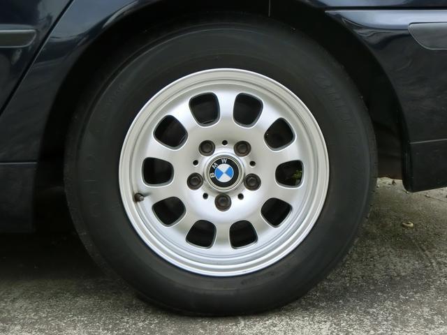 BMW BMW 320i キーレス 15AW CD再生