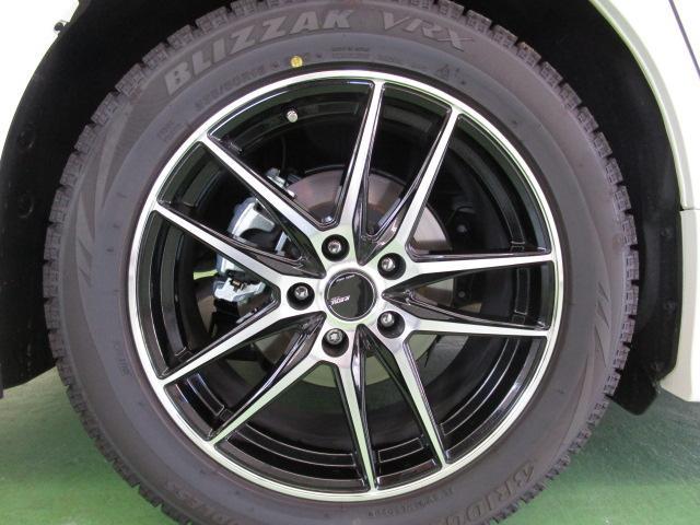 ☆新車時新品購入の18インチアルミ+ブリザック9分山タイヤ(走行2000km位)別途費用で販売も可能です。この車両の購入時にはご相談下さい。(物だけの販売は不可)