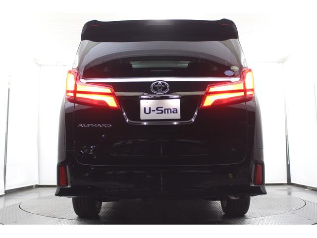 当社オリジナルの車種別専用フロアマットもご用意しております!価格10万円以上のフロアマットですが、当社のオリジナルフロアマットは49,800円(税別)と大変お買い得!