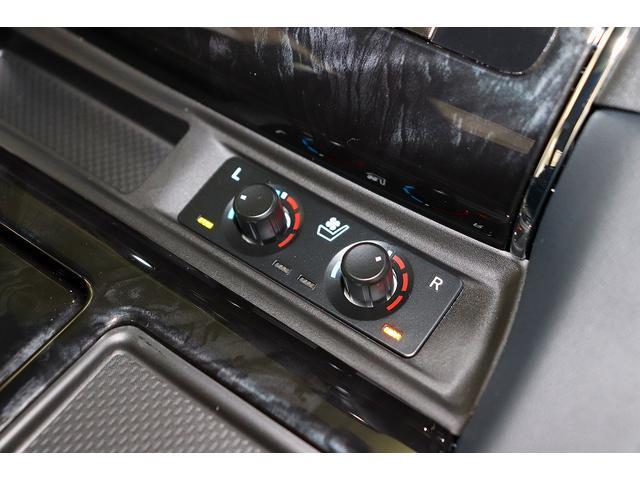 運転席/助手席にはシートヒーター&ベンチレーションも装備されております。