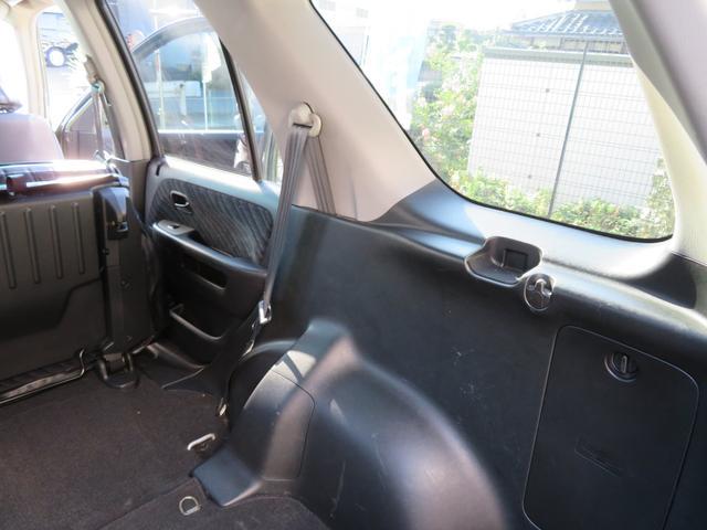 パフォーマiL クラシックスタイル全塗装 黒革調シート 16インチ社外AW マッドタイヤ コラムオートマ HIDライト フォグランプ 革巻きステアリング HDDナビDVD再生CD再生録音フルセグTV  ETC(48枚目)