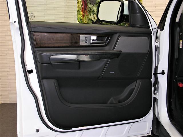 「ランドローバー」「レンジローバースポーツ」「SUV・クロカン」「神奈川県」の中古車41