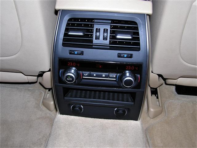 550iグランツーリスモ ハーマンエアロ ハーマンマフラー 21AW ベージュ革 ソフトクローズ 電動リアゲート シートヒーター 純ナビ 地デジ バックカメラ サイドカメラ Mサーバー DVD再生 V8 4,400ターボ(64枚目)