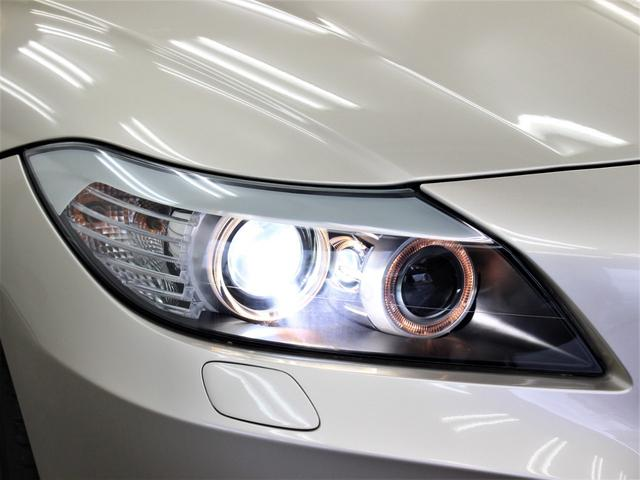 輸入車では、劣化で白くくもりがちなヘッドライトレンズも透明感のある綺麗な状態が保たれております。劣化の生じやすいゴム類までも綺麗な状態です。◇HIDになりますので、暗い夜道のライディングも安心です!