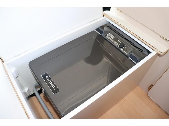 GL か―いんてりあ高橋製 リラックスワゴン タイプI シンク 冷蔵庫 べバスト製FFヒーター テレビ 地デジ マックスファン ツインサブ インバーター エアロ 網戸3枚 二段ベット ナビ Bカメラ ETC(12枚目)