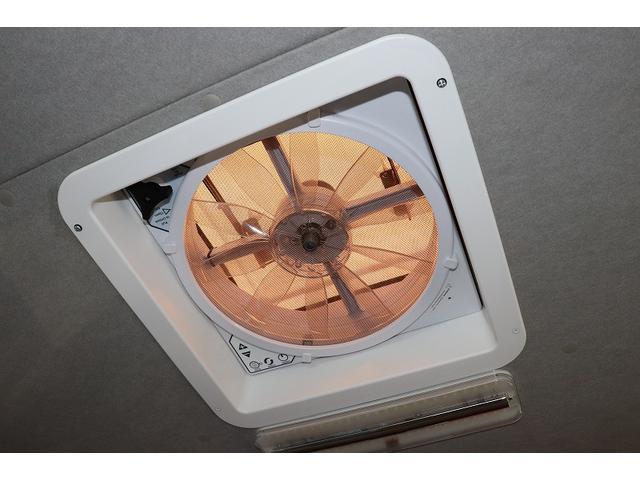 GL か―いんてりあ高橋製 リラックスワゴン タイプI シンク 冷蔵庫 べバスト製FFヒーター テレビ 地デジ マックスファン ツインサブ インバーター エアロ 網戸3枚 二段ベット ナビ Bカメラ ETC(28枚目)
