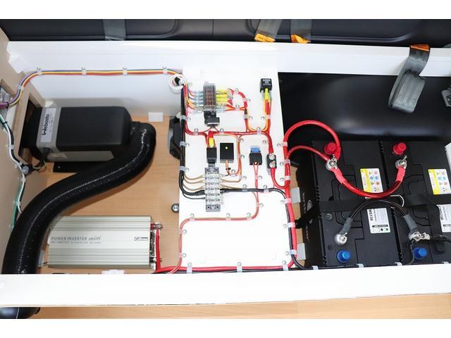 GL か―いんてりあ高橋製 リラックスワゴン タイプI シンク 冷蔵庫 べバスト製FFヒーター テレビ 地デジ マックスファン ツインサブ インバーター エアロ 網戸3枚 二段ベット ナビ Bカメラ ETC(30枚目)