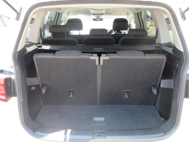 フォルクスワーゲン VW ゴルフトゥーラン TSIハイライン 現行型 純正ナビTV Bカメラ ETC