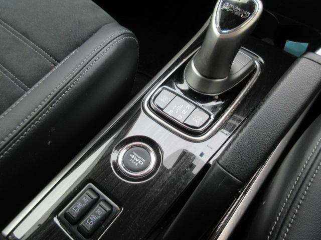 GセーフティP 4WD フルセグナビTV Bカメラ ドラレコ(7枚目)
