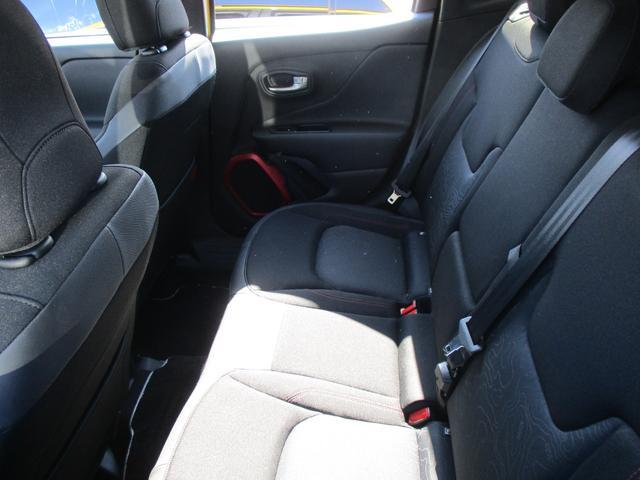 「その他」「クライスラージープ レネゲード」「SUV・クロカン」「埼玉県」の中古車15