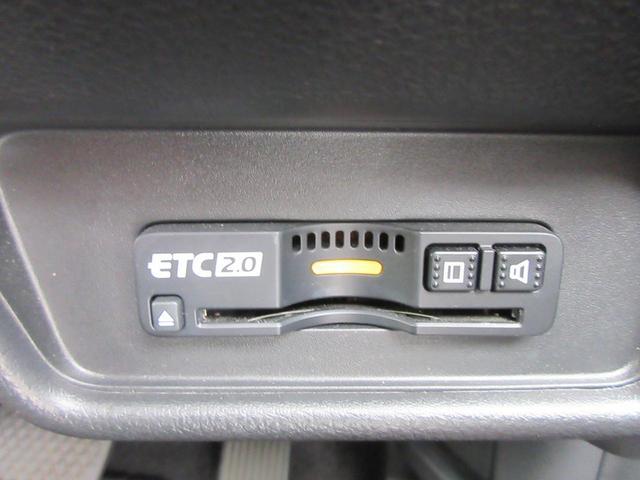ハイブリッド・ホンダセンシング フルセグ純正ナビTV Bカメラ 両側自動ドア ETC ホンダセンシング BT接続 DVD再生 LEDヘッド 純正AW 新車記録簿 後期型(11枚目)