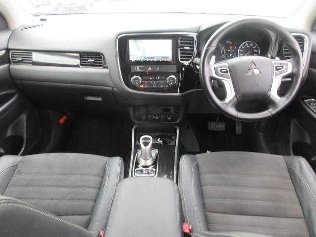 Gリミテッドエディション 4WD フルセグ純正ナビTV バックカメラ ETC BTオーディオ スマートキー パワーシート シートヒーター LEDヘッドライト(6枚目)