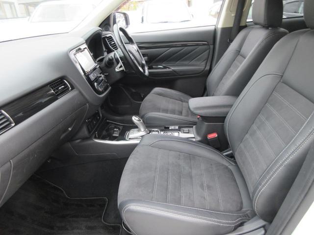 Gリミテッドエディション 4WD フルセグ純正ナビTV バックカメラ ETC BTオーディオ スマートキー パワーシート シートヒーター LEDヘッドライト(13枚目)