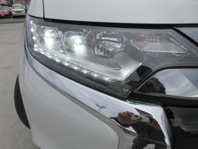 Gリミテッドエディション 4WD フルセグ純正ナビTV バックカメラ ETC BTオーディオ スマートキー パワーシート シートヒーター LEDヘッドライト(17枚目)