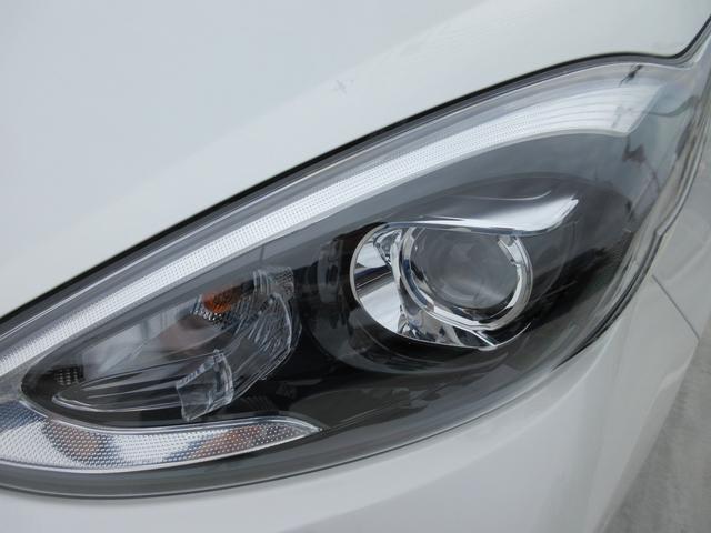 G GRスポーツ・17インチパッケージ 禁煙車 ドラレコ フルセグナビTV バックカメラ ETC Bluetooth CD LEDヘッドライトシステム LEDフォグライト 専用ブレーキキャリパー 先行車発進告知機能(8枚目)